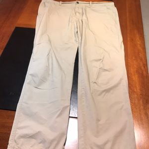 LACOSTE LIGHT WEIGHT SIZE 48 mens tan chino pants